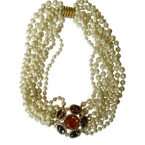 🇨🇦 Vintage 80s Kenneth Jay Lane necklace
